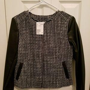 New H&M Light Jacket Top Black & White